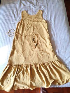 Bump-friendly Midi Dress