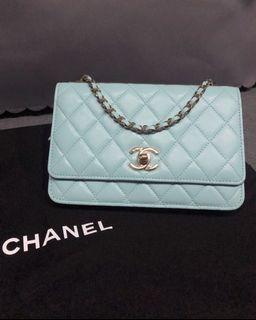 Chanel trendy cc woc tiffany blue