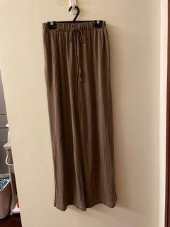 Meierq 涼感舒適寬褲