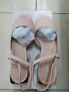 Nadya Victorine Ankle Strap