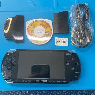 (P10) Sony PSP2006 black in good condition