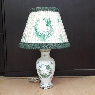 Pajangan Lampu antik