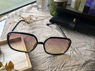 網紅小予自留款-抗UV小臉墨鏡