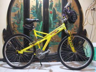 鋁合金捷安特1998 giant warp se shimano 21段變速避震腳踏車桃園自取size m aluminum bicycle free locks and light Taoyuan Station