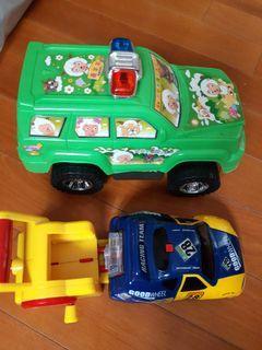 玩具車兩部 15元