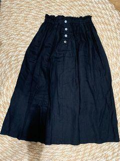 "Black Linen Skirt Garterized waist (26 to 28"")"