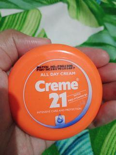 Creme 21 All day cream.isi 80%.exp 2022