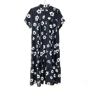 Dress ::: 滿版黑白花朵寬鬆短袖雪紡洋裝