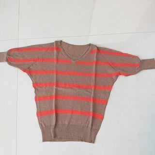 Knit brown orange top