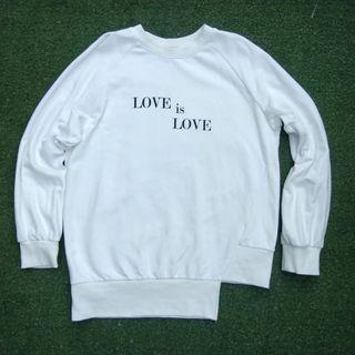 Love Is Love White Korean Style Oversize Sweatshirt Crewneck Sweater Korea K-Pop Korean Polos Putih Kaos