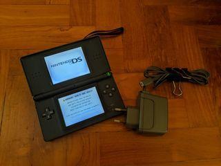 Nintendo DS Lite
