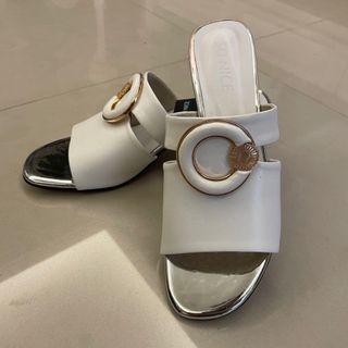 全新 SO NICE 白色高跟鞋涼鞋 38