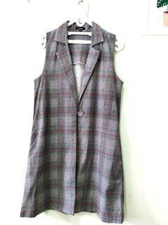 Vest HARDWARE (outer) Size M #preloved