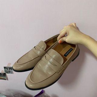 樂福鞋 皮鞋
