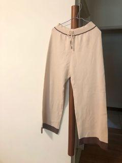 正韓 有韓標 米白色針織寬褲