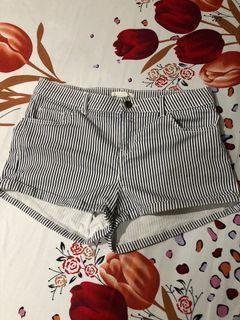 H&M black and white striped short