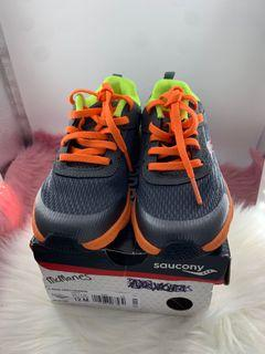 Saucony shoes for kids size 12