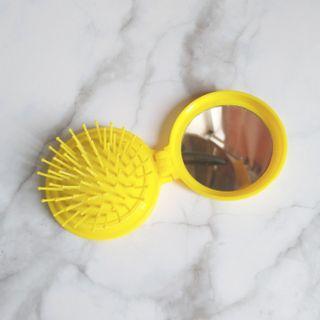 黃色折疊梳子 鏡子