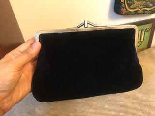 黑色 絨布 古典 口金包 手拿包