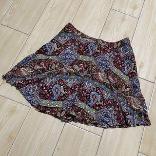 Chicabootie skirt