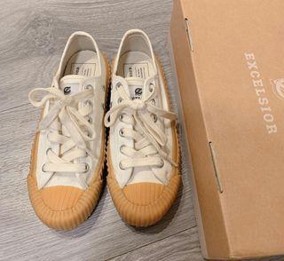 EXCELSIOR 焦糖餅乾鞋