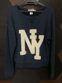 H&M Sweater Small