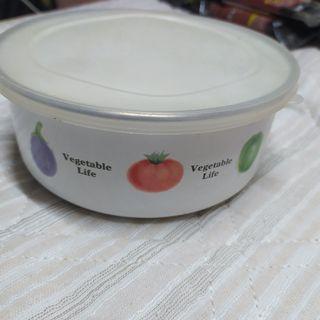 Round Food Storage