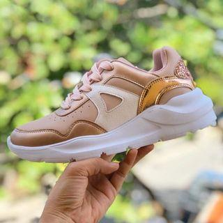 FREE SHIPPING SheShe Chunky Sneakers Platform Rose Gold Size 8