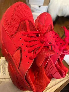 Red Nike Hurrache