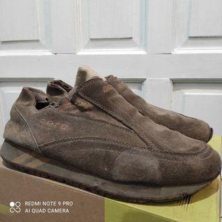 Sepatu Aero COkelat 43 sneakers
