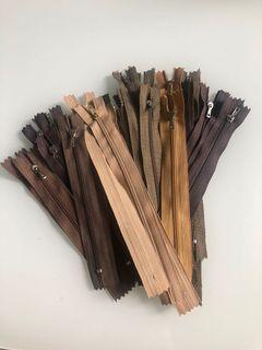 TAKE ALL! 31 pcs Ristleting Celana Coklat 6-7 Inch 15-17.5cm, Resleting nylon