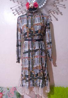 Vintage dress with lace details