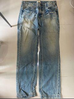男性  牛仔長褲 淺藍色 穿搭 休閒 牛仔 腰圍平量43公分