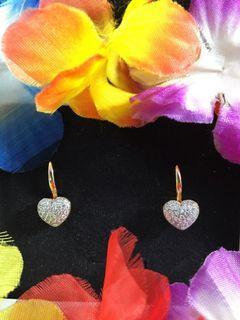 ❤️ Heart Earrings