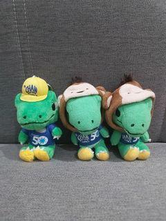 Boneka Gantungan Kunci Dinosaurus Kostum Chan Brothers