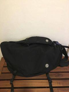 Crumpler the complete seed Messenger Bag (Black)