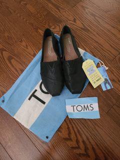 NEW TOMS Women's Black Shoes - Size 7