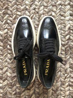 Prada Black Genuine Leather Platform Lace Up Derby Oxford Wingtip Espadrille Creepers Size 35 fits 35.5 to 36
