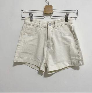 奶油白褲-全新(僅試穿)