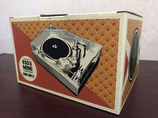 Crosley RSD3 Mini Turntable Foo Fighters