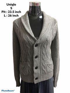Uniqlo cardigan knitwear