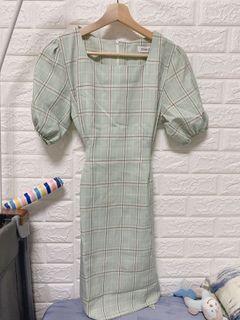 韓妞格紋綁帶洋裝👗