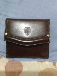 Authentic GUCCI vintage bifold wallet