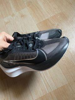 Brand new Nike Zoom Gravity Shoes Rubber Shoes
