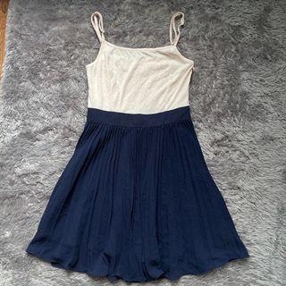 Dress tali rok plisket