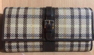 Preloved Daks Long Wallet