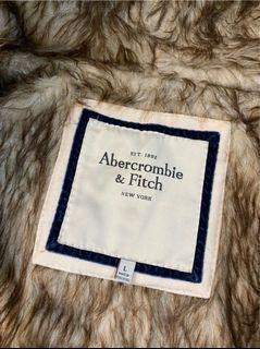 《A&F》刷毛保暖外套 米白色 女L