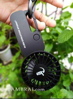 【AMBRAI.com】 AES 21 S/S Usb Mini Fan 黑魂 電風扇 充電 隨行 迷你 可掛式 禁果