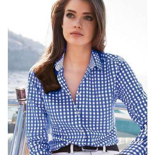American Eagle Outfitters Gingham Button Down Shirt