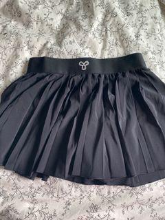 Aritzia tennis skirt size S